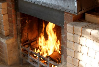 briquettes-open-fireplace